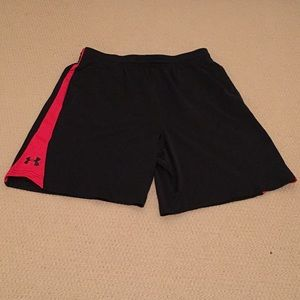 Under Armour Shorts - Men's Large Under Armour shorts